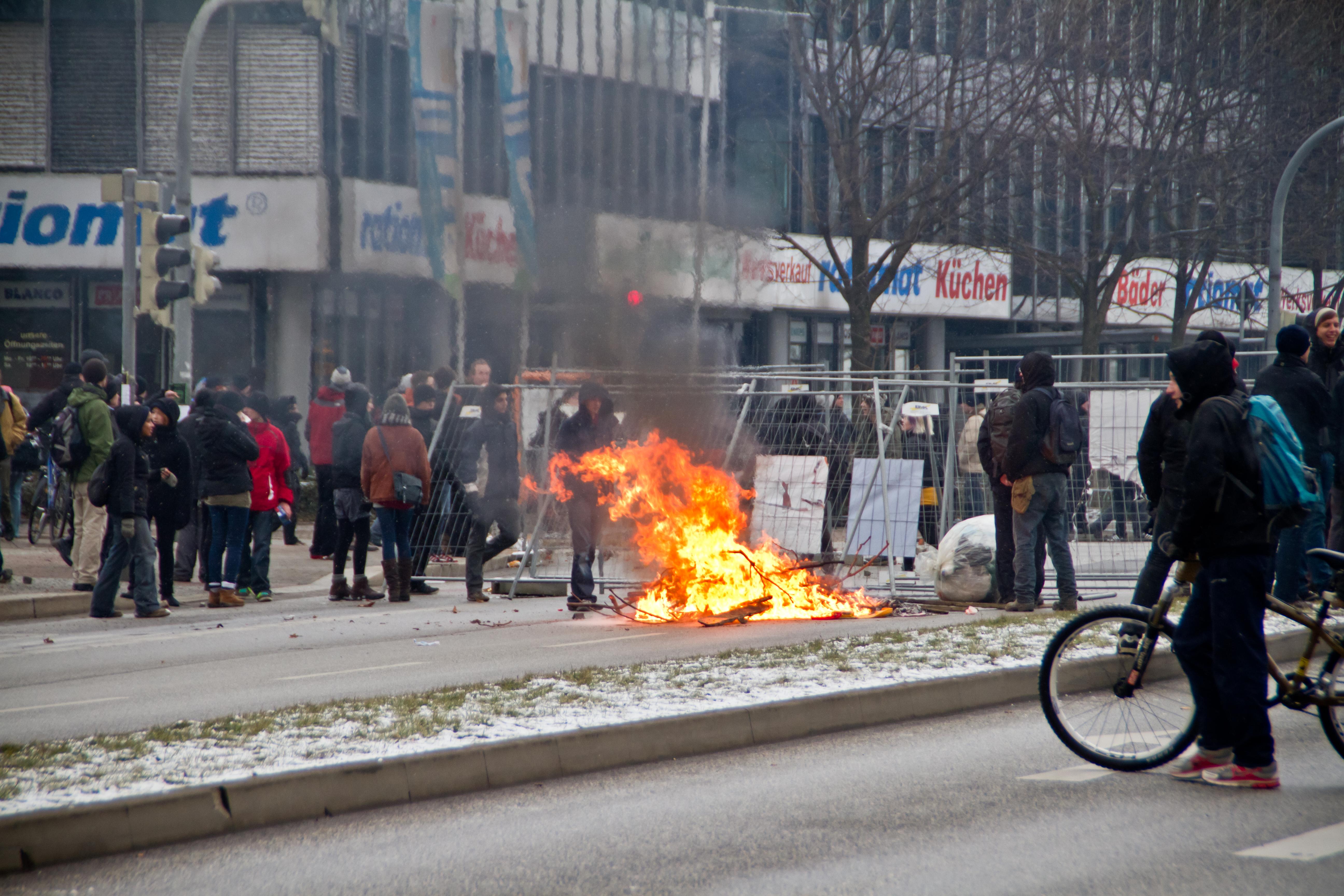 G20: Chaostage in Hamburg und ein Lichtblick