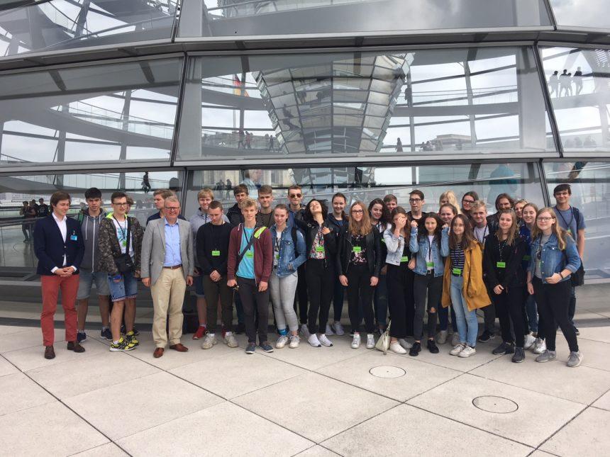 Schülerinnen und Schüler des Gymnasiums Rahden zu Besuch im Deutschen Bundestag