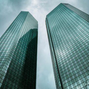 Der Staat will Ankeraktionär der DeutschCommerz werden