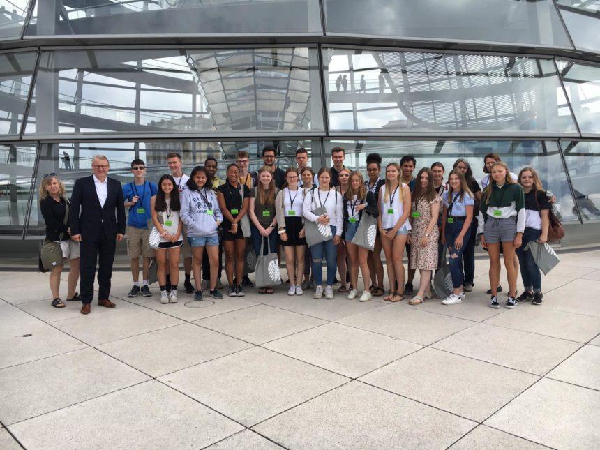Besselgymnasium zu Gast im Bundestag